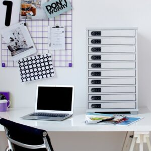 Lyte 10 Multi Mini on desk